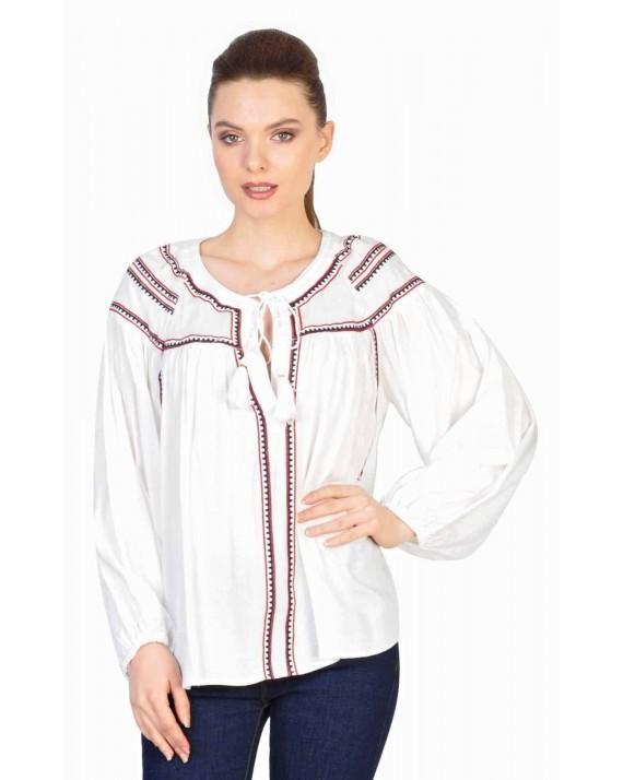 Bluza ie alba cu broderie in doua culori 31370 A