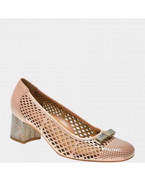 Pantofi ARA nude, 35570, din piele naturala lacuita